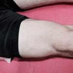 Zatínáni kvadricepsu a propínání kolene